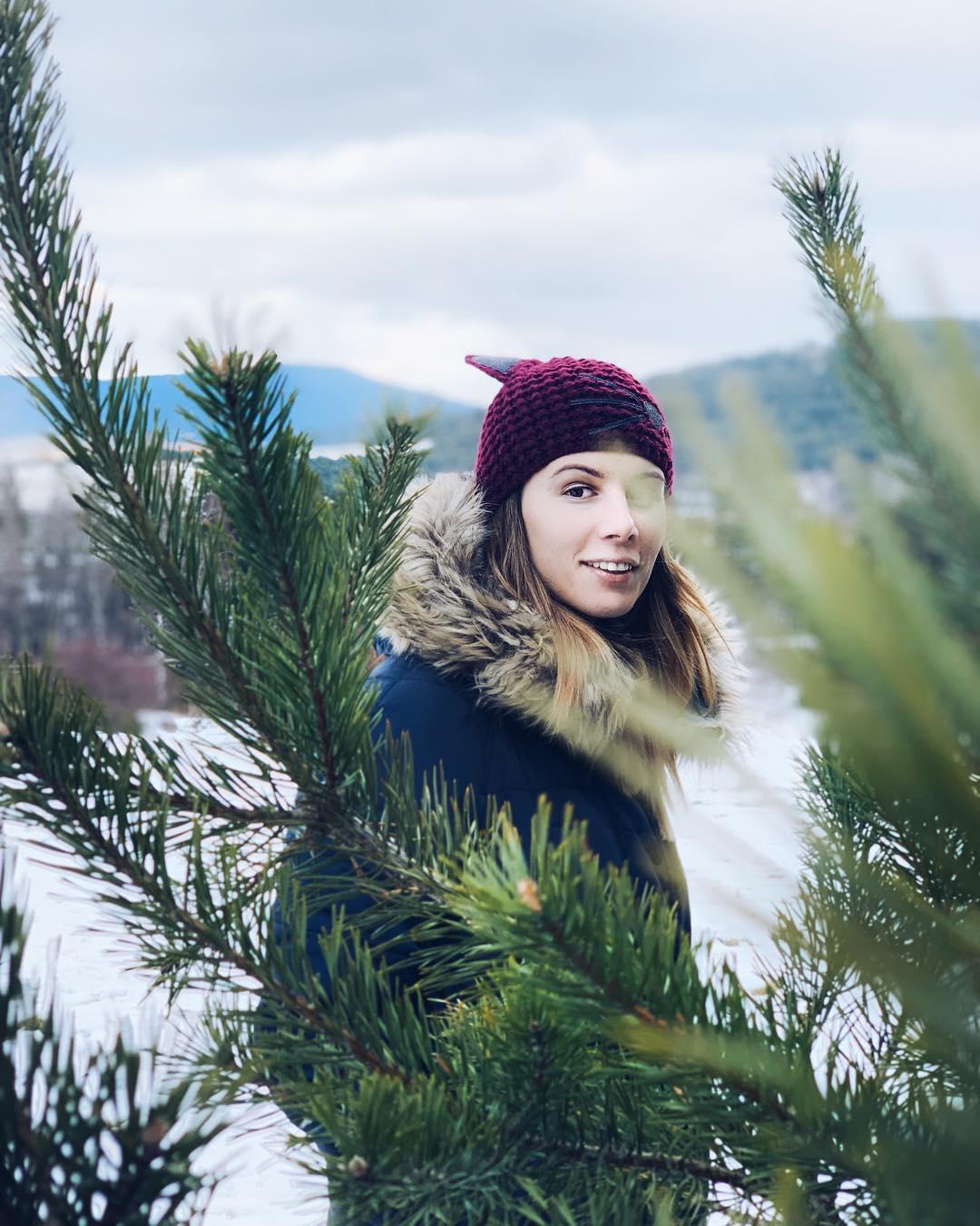 Цвети Пиронкова прекара Коледа в Родопите (снимки)